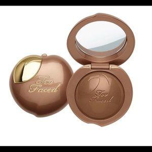 Too Faced Bronzed Peach Cream to Powder Bronzer
